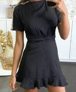 robe patineuse noire à empiècement doré et coloré sur les bras et dos nu robes robes de cocktail strass & paillettes vêtements