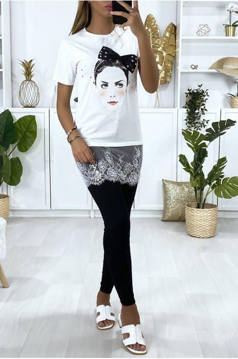 t-shirt blanc avec dessin strass et dentelle hauts strass & paillettes hauts strass & paillettes femme vêtements