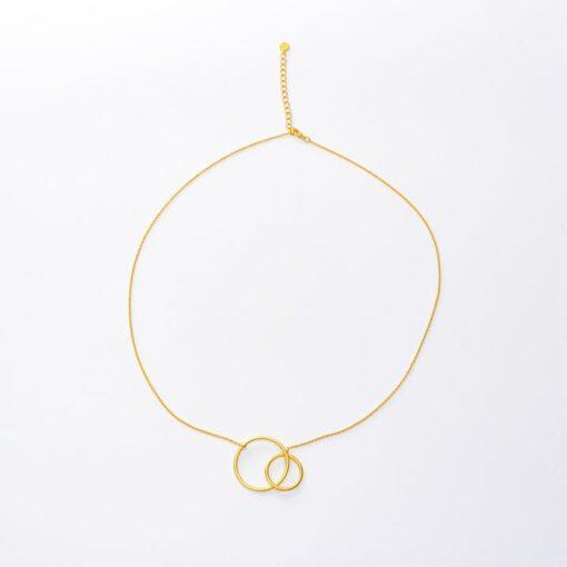 collier avec pendentif cercles entrelacés pluton or klara