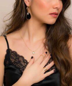 boucles d'oreilles pendantes luisa en cristal noir