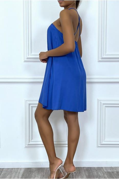 robe-courte-royal-fluide-et-evasee-avec-fines-bretelles