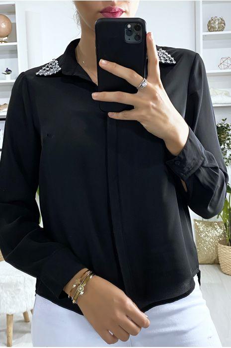 chemise-noir-avec-strass-au-col
