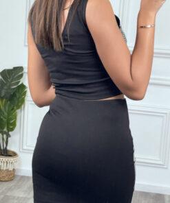 ensemble-top-sans-manches-et-jupe-noir-avec-strass