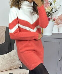 robe-pull-corail-duveteux-a-col-roule